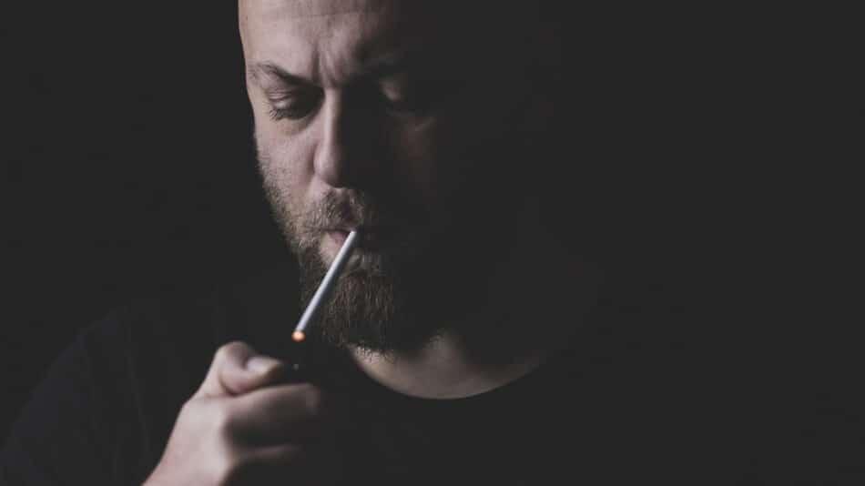 Pourquoi choisir une tubeuse à cigarette électrique ?
